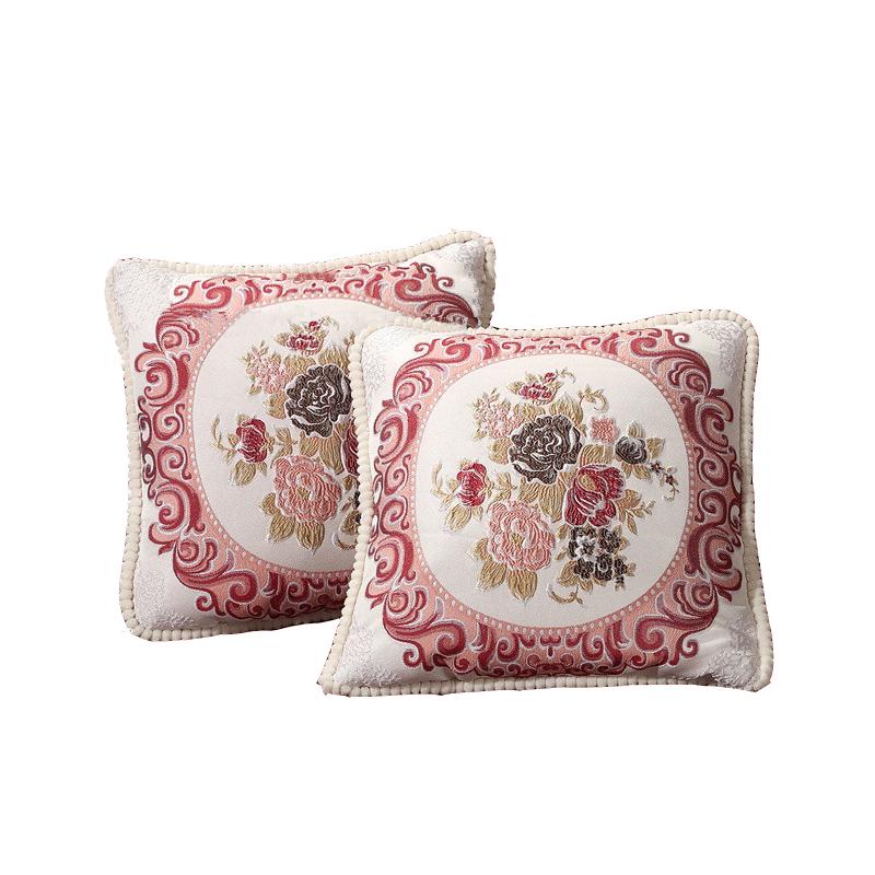 Вышитые плед и подушки для спальни с розами