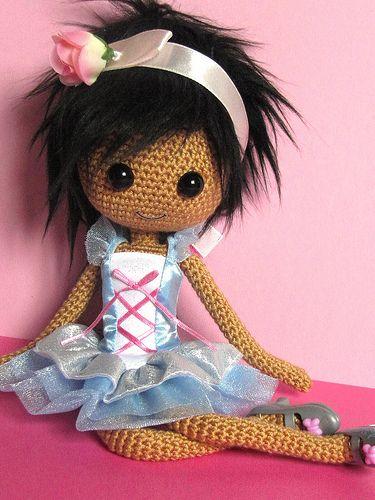 Вязаные куклы и игрушки
